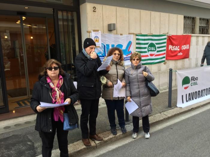 Lazio – Credifarma – I lavoratori sono ancora una volta in presidio sotto l'azienda
