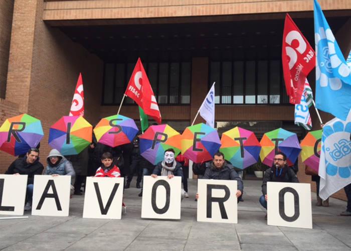 Milano: Barclays Italia scende in sciopero