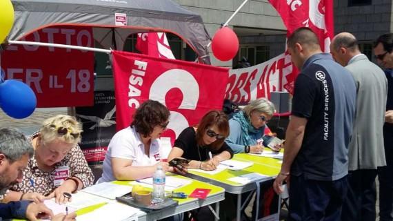 Lombardia: raccolta firme per la Carta dei Diritti – Foto Gallery