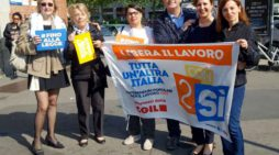 Referendum: nuovo presidio a Milano