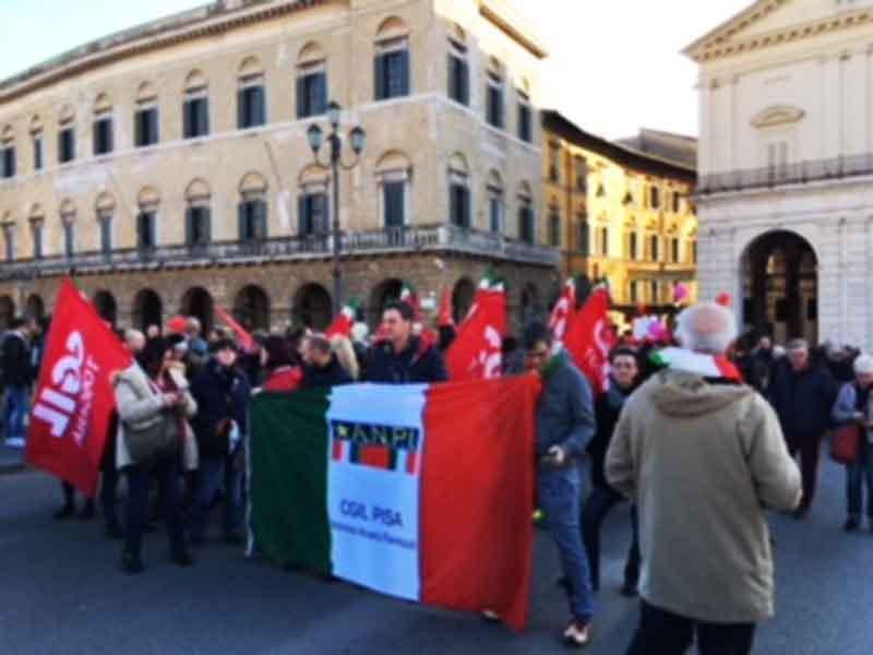 MAI PIU' FASCISMI: Pisa è scesa  in piazza