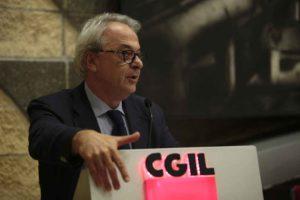 Giuliano Calcagni Segretario Generale Fisac - Cgil
