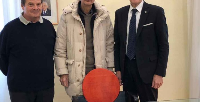 Bando di concorso di idee sull'uso del denaro contante nelle società contemporanee con Università di Urbino